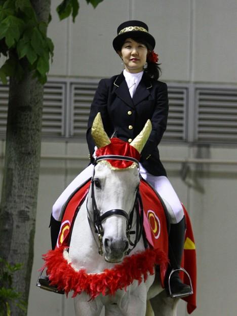 写真: 川崎競馬の誘導馬05月開催 こいのぼり青Ver-120516-02-large