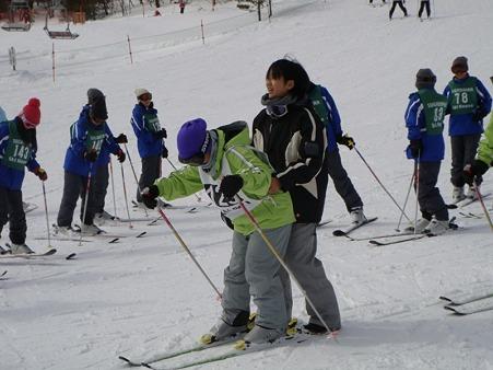 110217 スキー実習 (21)