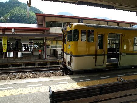 キハ40山口線(津和野駅)10
