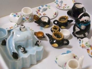 ミニチュア陶器ペンギン02