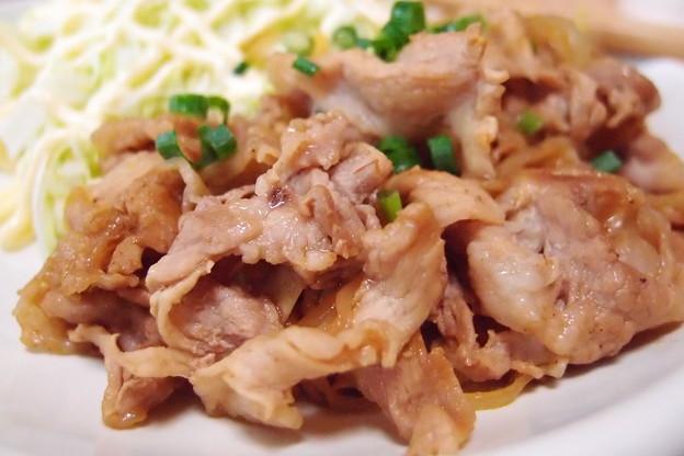 写真: 豚肉のバルサミコ酢炒め