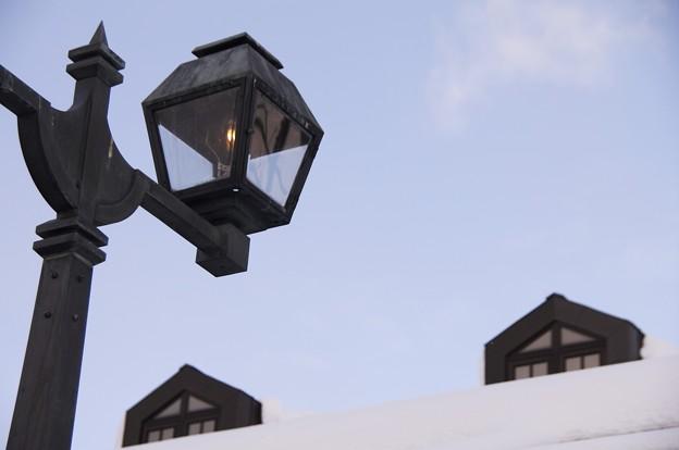 小樽雪明りの路 空と窓とガス燈と