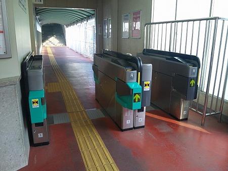 新羽島改札_2-1s