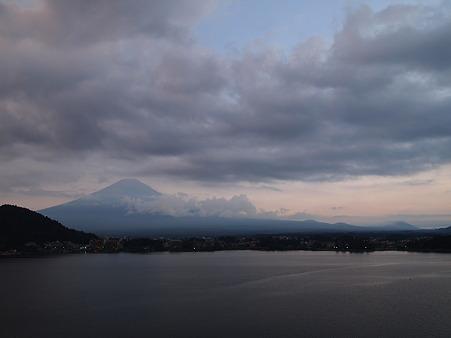 夕暮れと富士