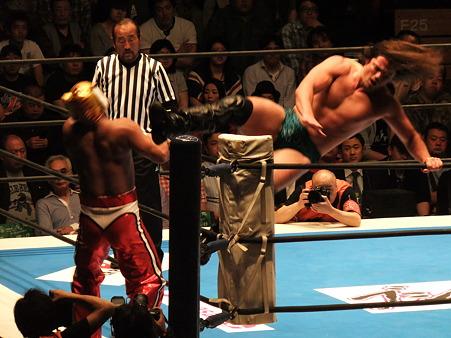 新日本プロレス BEST OF THE SUPER Jr.XIX Bブロック公式戦 タイガーマスクvsブライアン・ケンドリック (3)