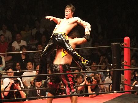 DDT 両国ピーターパン2011 〜二度あることは三度ある〜 KO-D無差別級選手権 石川修司vsKUDO (18)