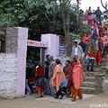 マヘンドラ洞窟は人気スポット