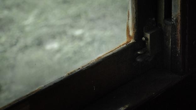古い列車の窓