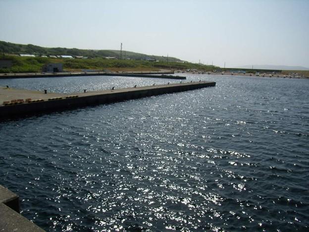 写真: 8_11焼尻島西浦漁港