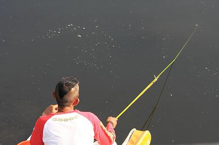 2010.06.12 和泉川 釣り師
