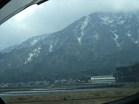 福井はまだ雪が~