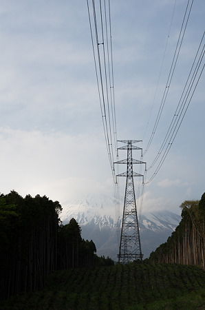 送電線富士山