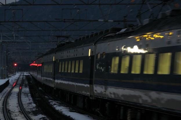 583系急行きたぐに 新疋田通過