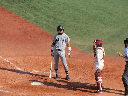 慶大・阿加多捕手 首位打者