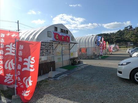 岐志漁港のカキ小屋(1)