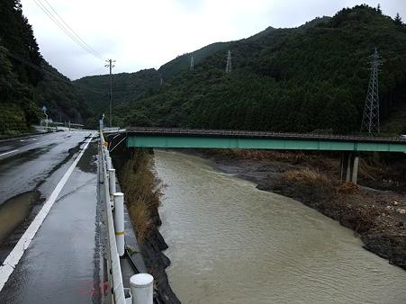 R424:日高川の状況・1