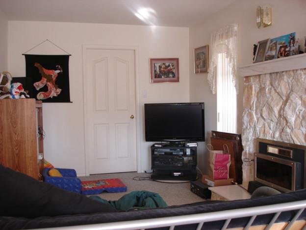 Room3(Family Living)